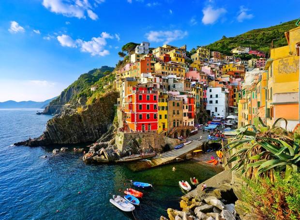 Riomaggiore, na Itália (Foto: Shutterstock/ Reprodução)