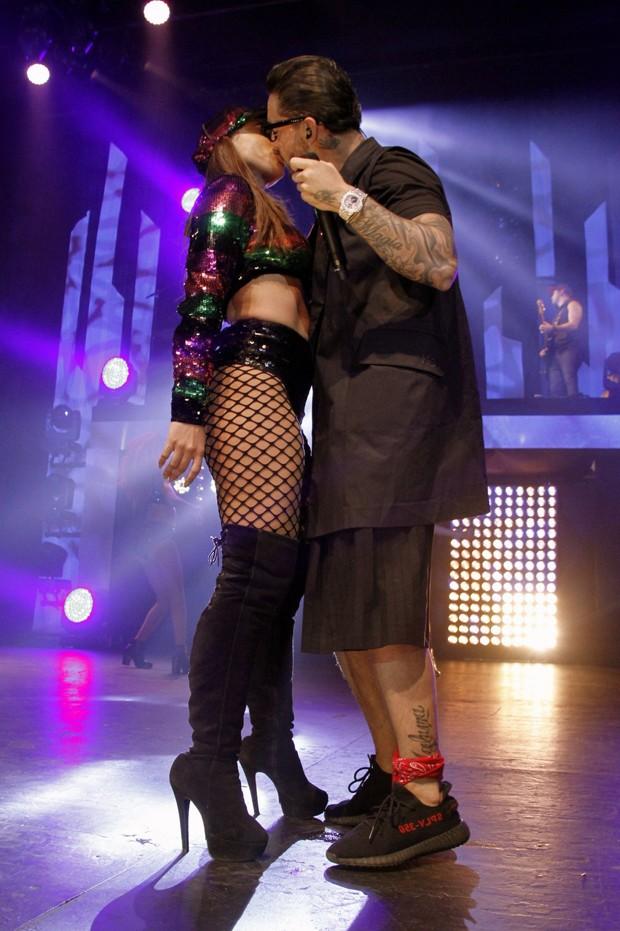 Anitta e Maluma em show no Rio (Foto: Marcos Ferreira / Brazil News)