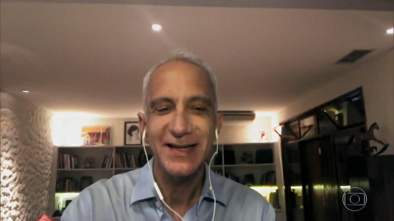 Marcel Souto Maior relata encontros com Chico Xavier para a biografia do médium
