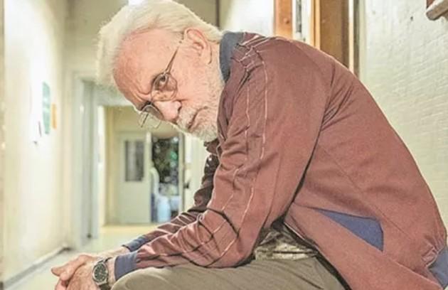 Moacyr Franco interpretará um idoso que sofre de Mal de Alzheimer e têm que lidar com o esquecimento constante (Foto: Divulgação)