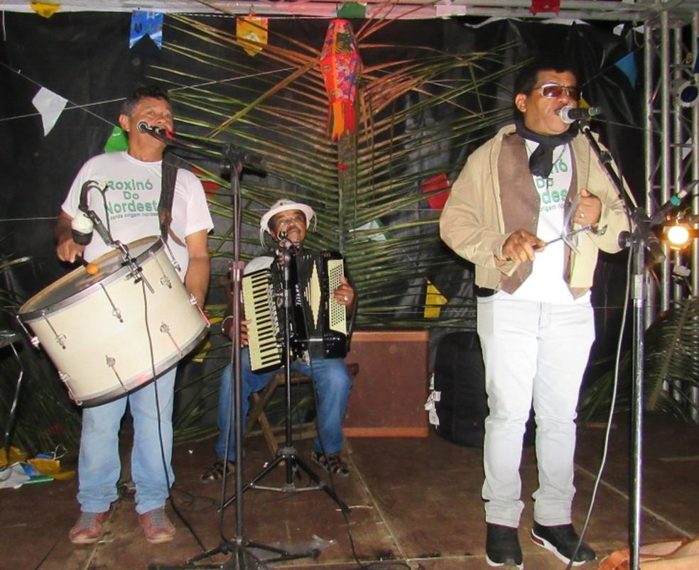 O grupo Roxinó do Nordeste também animou a festa  (Foto: Ana Clara Marinho/TV Globo )