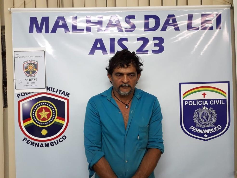 Júlio Ferreira da Conceição foi preso em Araripina — Foto: PM / Divulgação