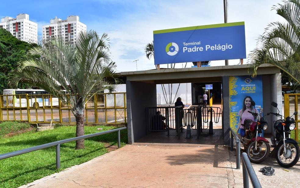 Terminais do Eixo Anhanguera vão continuar sendo de propriedade do Governo de Goiás (Foto: Paula Resende/ G1)