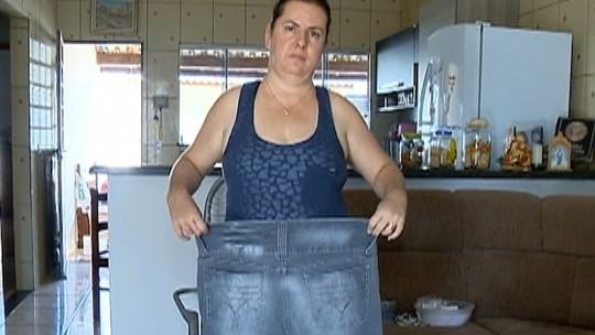 Com alimentação regrada, caminhadas diárias e muita fruta, artesã perde 30kg
