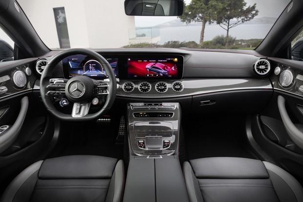 Mercedes-Benz Classe E Coupé (Foto: Divulgação)
