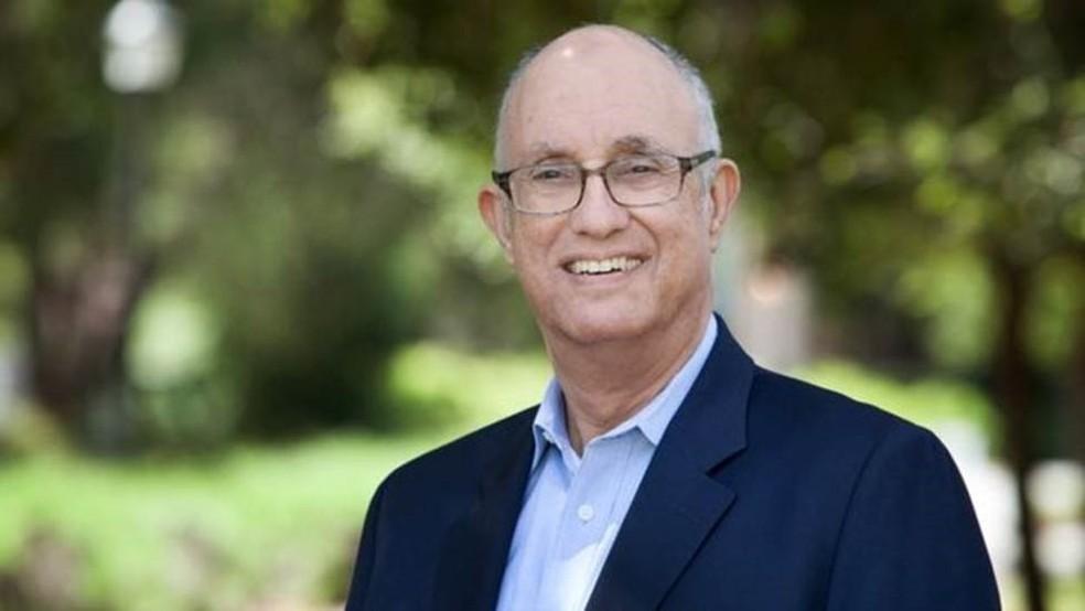 Jeffrey Pfeffer, profesor da Universidade de Stanford, é autor do livro