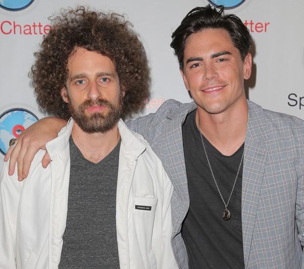 Isaac Kappy e o também ator Sandoval (Foto: Getty Images)