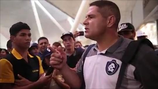 """Interpelado no aeroporto, Goiano afirma: """"Esses que estão viajando, querem"""""""