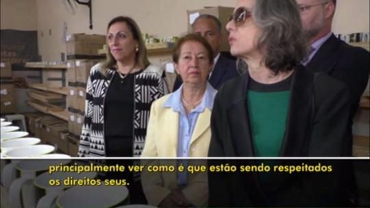 Ministra Cármen Lúcia responde a preso e diz que visita em penitenciária é para ver se direitos são respeitados