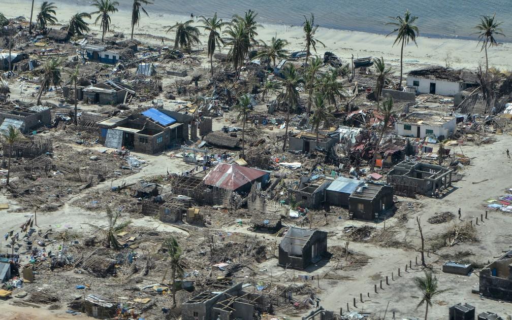 A ilha de Ibo era um destino paradisíaco conhecido por seus recifes de corais e praias dignas de cartões-postais — Foto: Emidio Jozine/AFP