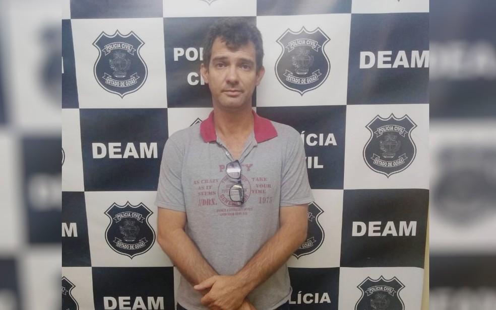 Sandro Teixeira Oliveira, filho de João de Deus, foi preso em Anápolis, — Foto: Polícia Civil/Divulgação