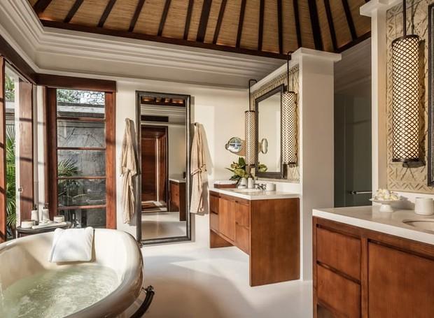 Banheiro do Four Seasons em Bali (Foto: Reprodução/ Four Seasons)