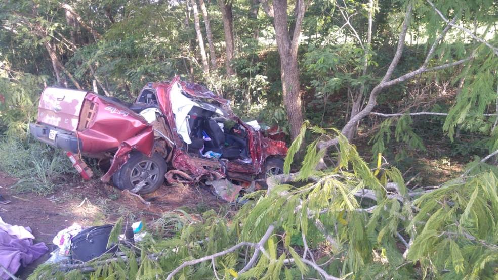 Duas mulheres morreram na tarde desse sábado (9) ao sofrerem um acidente na BR-174 no município de Glória D'Oeste — Foto: Polícia Rodoviária Federal de Mato Grosso/Assessoria