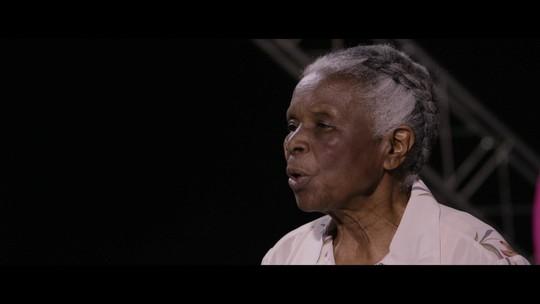 Diva Guimarães relembra o dia em que aluna pediu desculpas por racismo