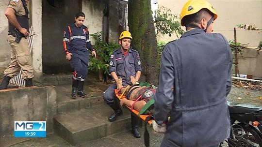 Muro desaba sobre casa durante temporal em BH e mata homem