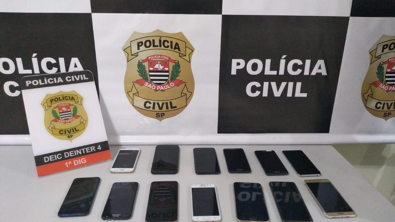 Polícia Civil apreende celulares em praça de Bauru; idoso foi preso por receptação
