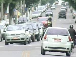 Aumentam multas em Itapetininga (Foto: Reprodução TV Tem)