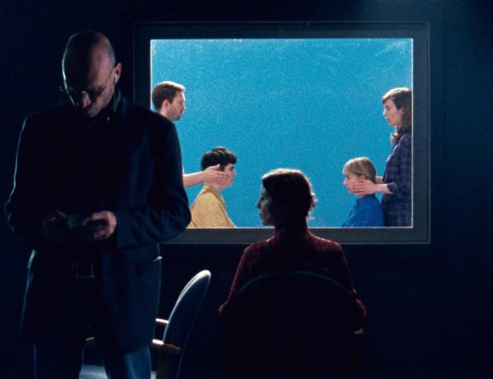 Daria Martin criou dois filmes explorando a sinestesia de espelho-toque (Foto: Daria Martin (Cortesia de Maureen Paley))