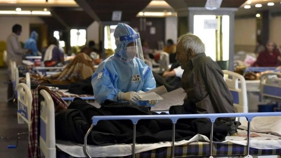 Diversas cidades do país têm falta de leitos, remédios e outros insumos — Foto: Getty Images