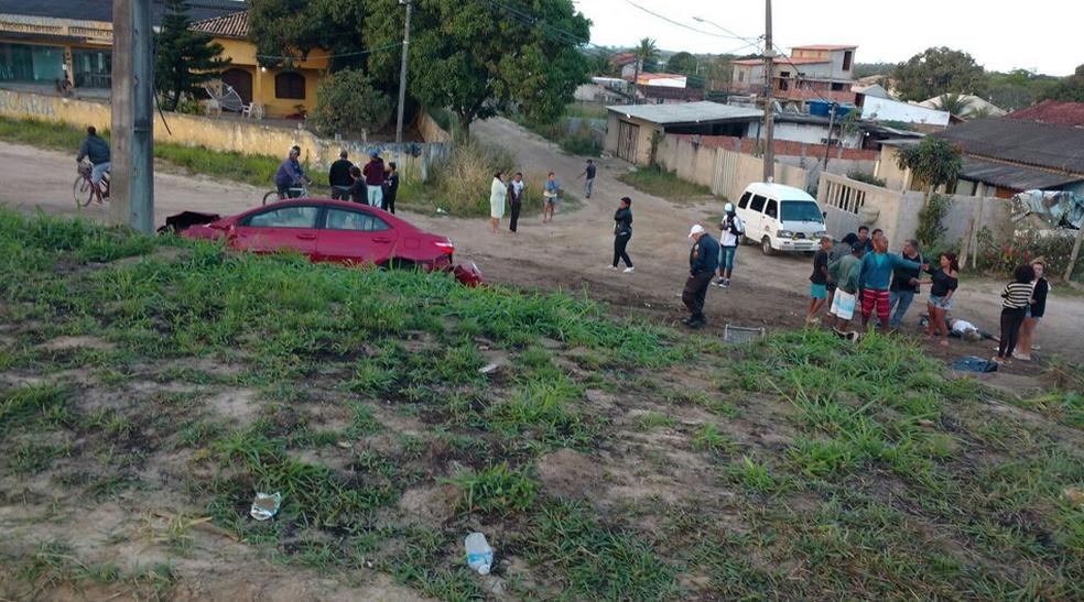 Cinco pessoas morreram no acidente na RJ-106, em Araruama (Foto: Divulgação/Polícia Rodoviária Estadual)