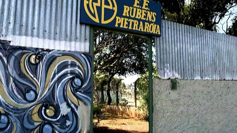 Escola Estadual de Lençóis Paulista foi palco de mais um caso de violência contra professores (Foto: Reprodução / TV TEM)