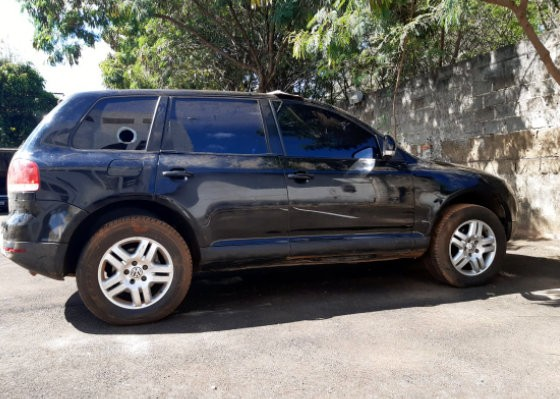 Veículo que teria sido usado em ataque a carro-forte em São Carlos é encontrado em mata