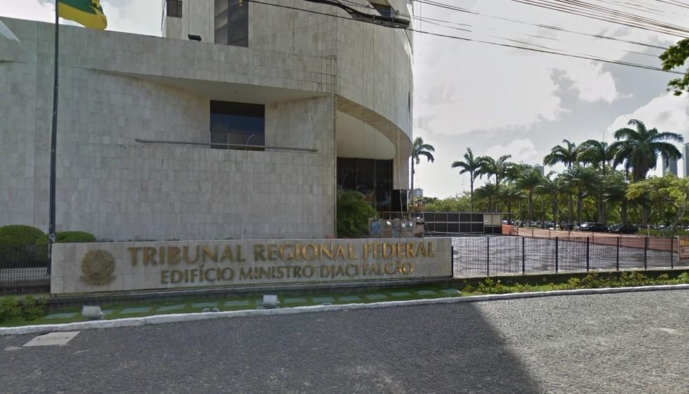 Decisão foi emitida pelo Tribunal Regional Federal da 5ª Região, com sede no Recife (Foto: Reprodução/Google Street View)