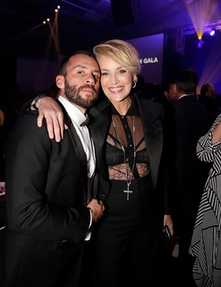 Josh Wood e Sharon Stone