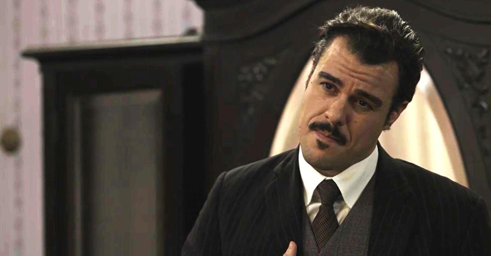 Olegário afirma para Susana que é um novo homem  (Foto: TV Globo)