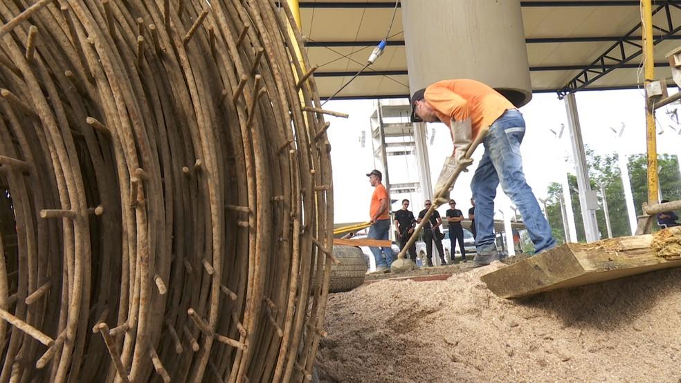 Presos ganham oportunidade de trabalho e fabricam bloquetes e manilhas em Buritis — Foto: Rede Amazônica/Reprodução