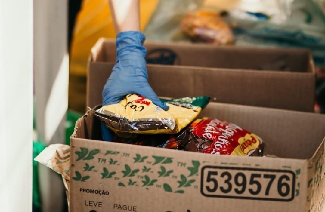 Doações de cestas básicas do IF Sudeste beneficiam 100 pessoas em Juiz de Fora