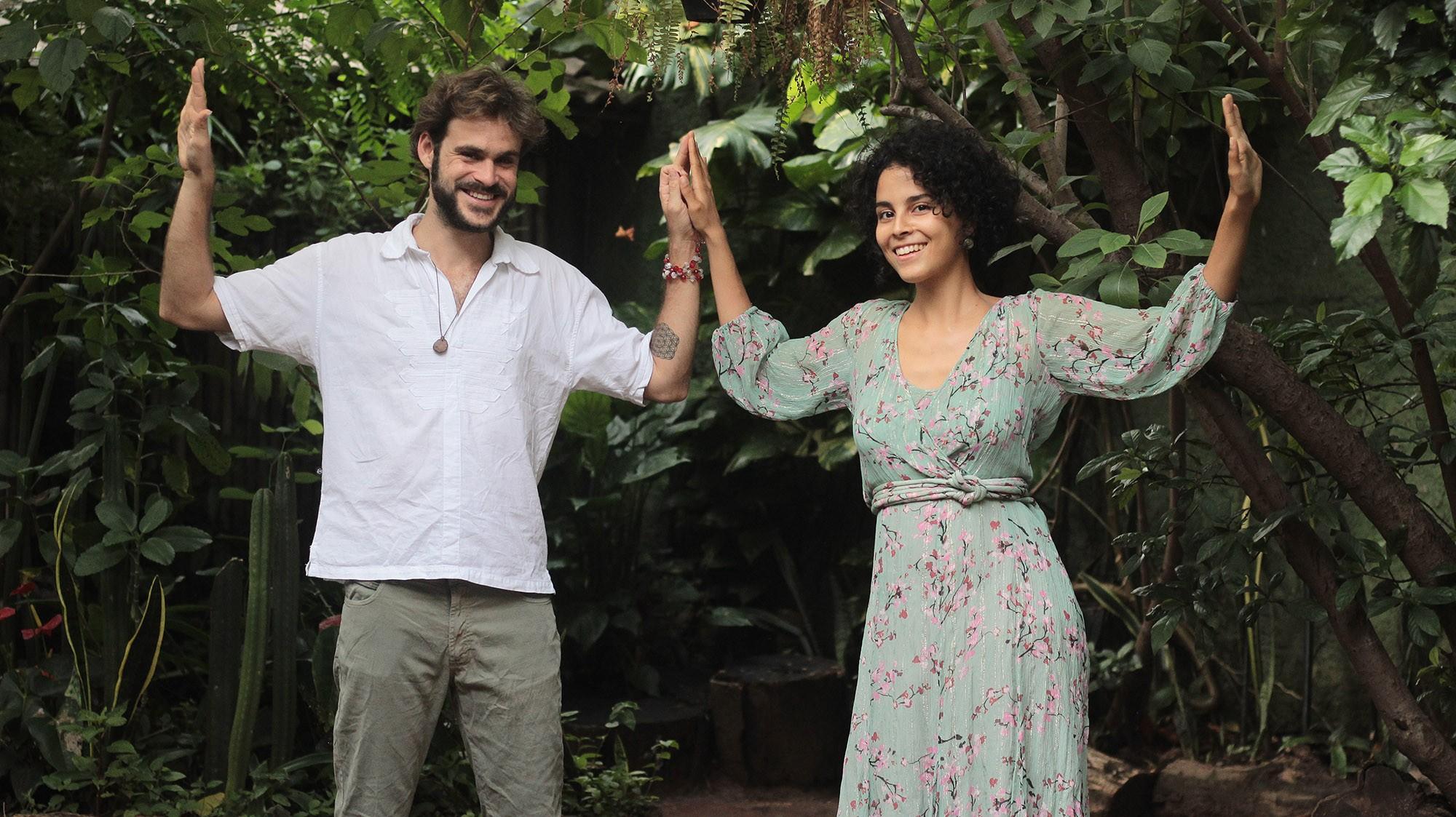 Filha de Vander Lee, Laura Catarina forma duo Seiva com Gustavito Amaral