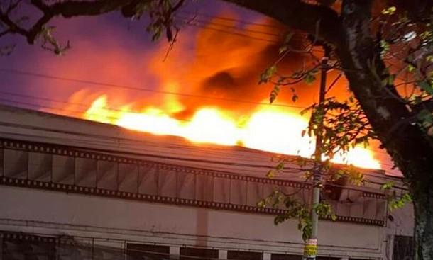 Incêndio no galpão da Cinemateca, na Vila Leopoldina, em SP