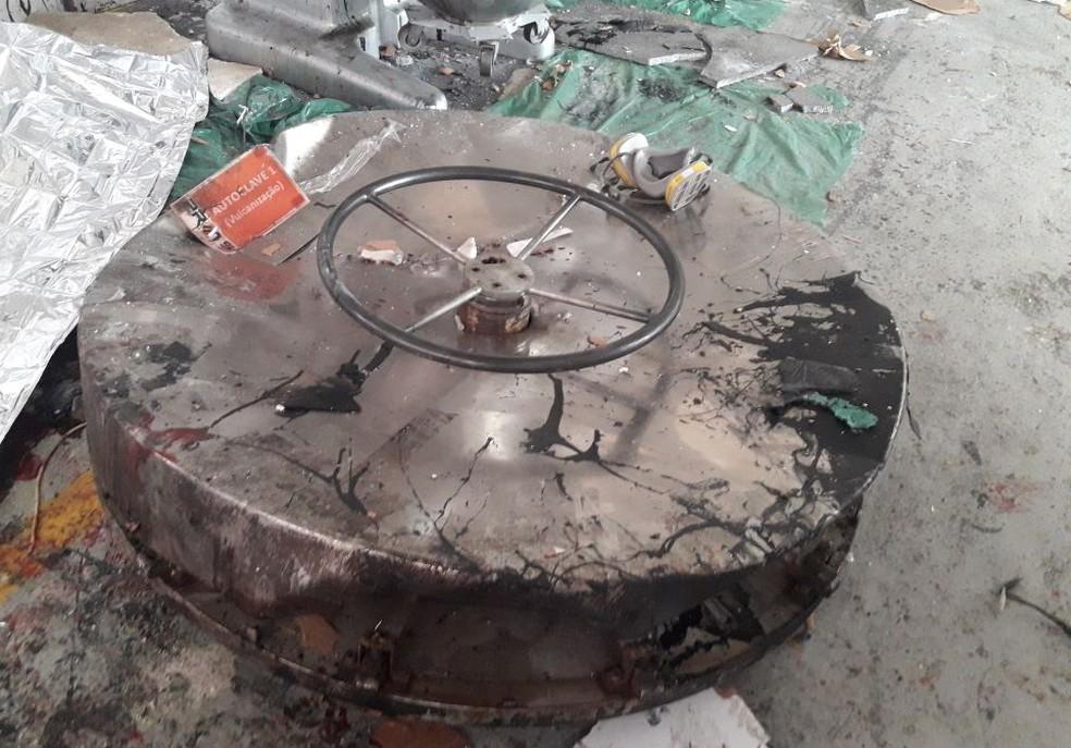 Funcionário de 54 anos morre em acidente em fábrica na zona sul de São José (Foto: Divulgação/Corpo de Bombeiros )