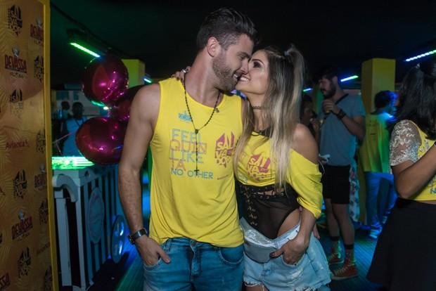 Flavia Viana e Marcelo Zangrandi (Foto: Caio Duran e Marcelo Brammer / Divulgação)