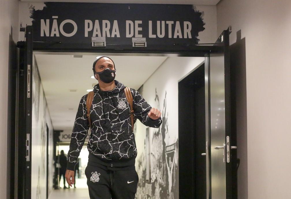 Fábio Santos na Neo Química Arena em Corinthians x Inter — Foto: Rodrigo Coca/Ag. Corinthians