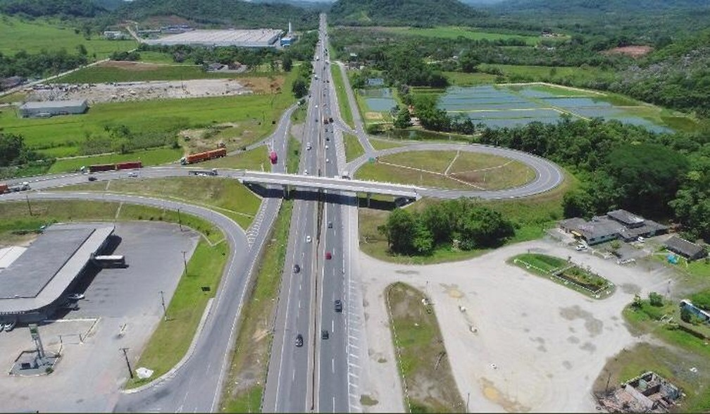 Volta do feriado deve ser intensa a partir desta terça-feira (25)  — Foto: Divulgação/Autopista Litoral Sul