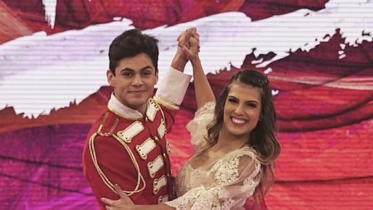 Lucas Veloso comenta relação com Nathália Melo: 'Para o resto da vida'