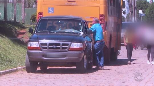 Após flagrante em vídeo, transporte escolar é regularizado em Cerro Negro