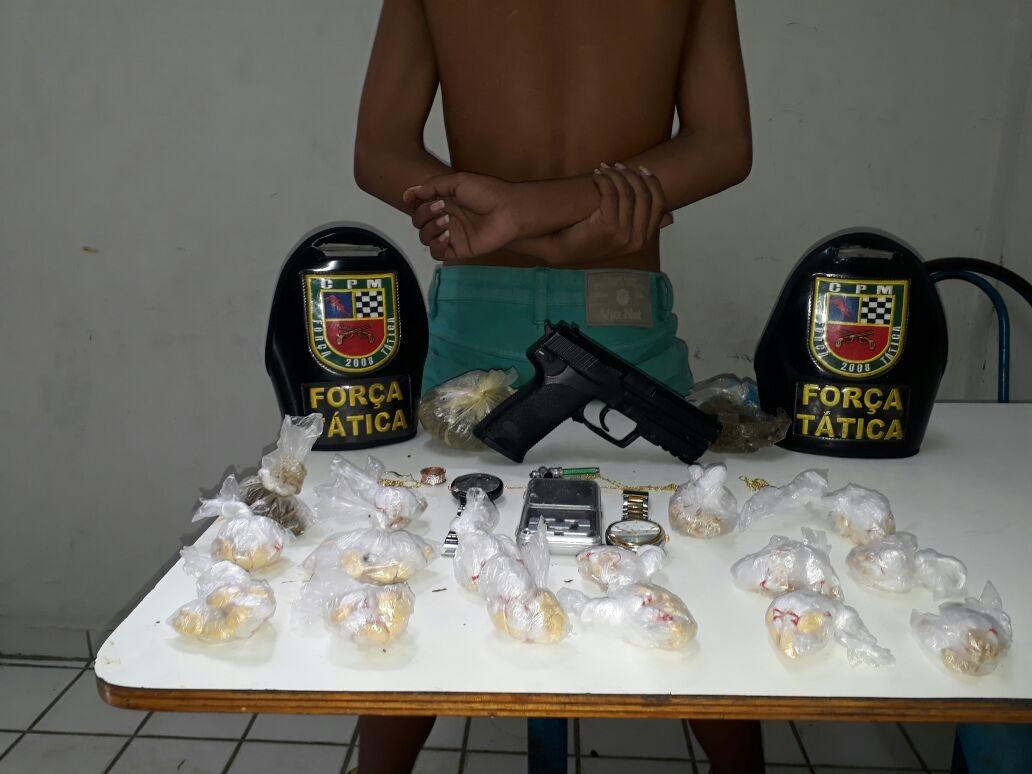 Adolescente é apreendido com arma falsa e mais de 140 porções de oxi e maconha na Zona Centro-Oeste de Manaus