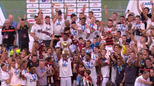 """Seleção SporTV repercute título do Flamengo: """"Aconteceu o normal, o favorito ganhou"""", diz Petkovic"""