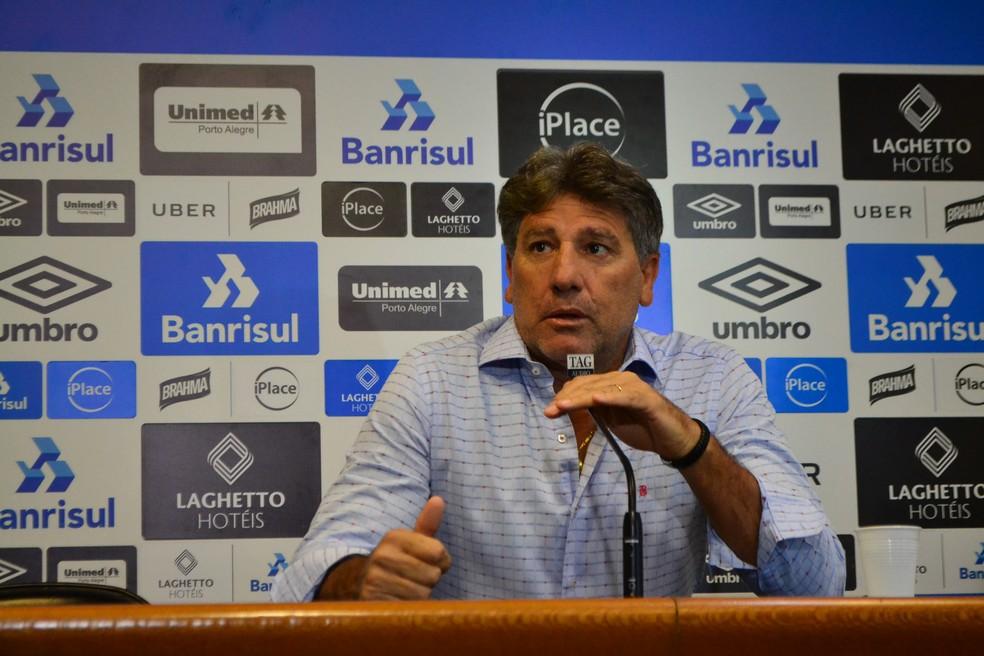 Renato Gaúcho confirmou ausência de Luan contra o Cruzeiro (Foto: Beto Azambuja)