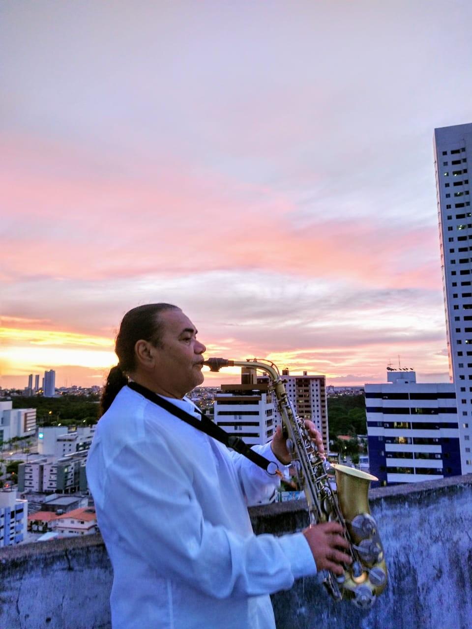 Veja a agenda de lives de artistas da Paraíba nesta terça-feira, 14 de julho