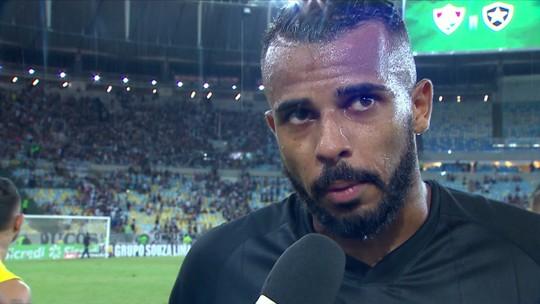 """Alex Santana valoriza empate com o Fluminense: """"No segundo tempo a gente jogou melhor"""""""