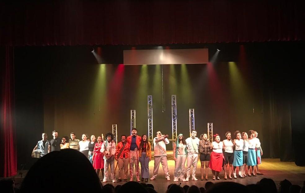Queen o espetáculo — Foto: Arquivo pessoal/Marcela Rosas
