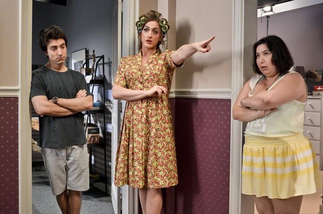 Rodrigo Pandolfo, Paulo Gustavo e Mariana Xavier no longa 'Minha mãe é uma peça' (Foto: Divulgação)