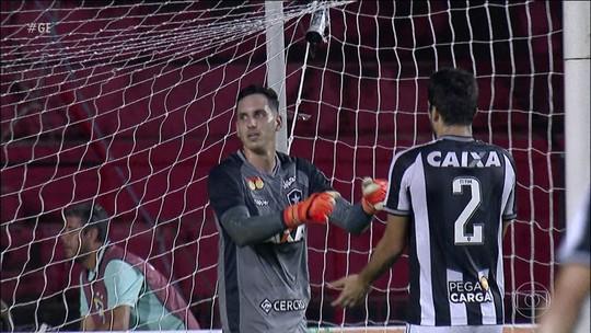 Com grande atuação de Gatito, Botafogo e Sport empatam na Ilha do Retiro
