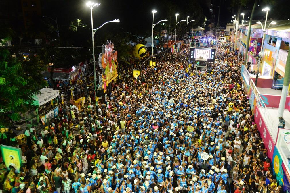 Multidão acompanha carnaval no Circuito Osmar (Campo Grande), neste sábado (22), segundo dia de carnaval.  — Foto:  Sérgio Pedreira/Ag. Haack