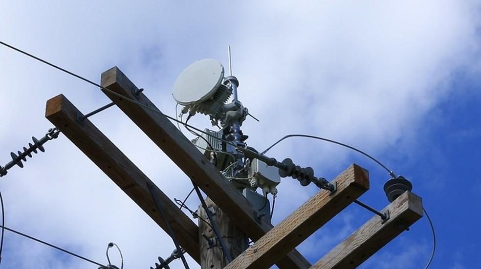 Tecnologia usa estrutura montada no poste (Foto: Divulgação/AT&T)