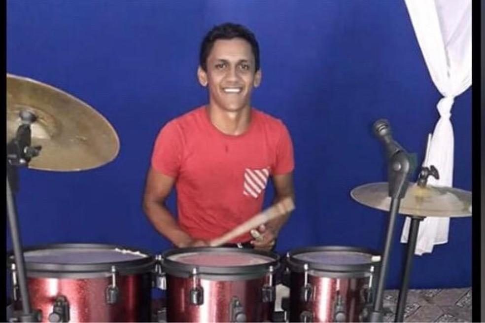 Lucinaldo Mousinho da Cruz de 22 anos foi encontrado morto em Óbidos — Foto: Reprodução/Redes Sociais